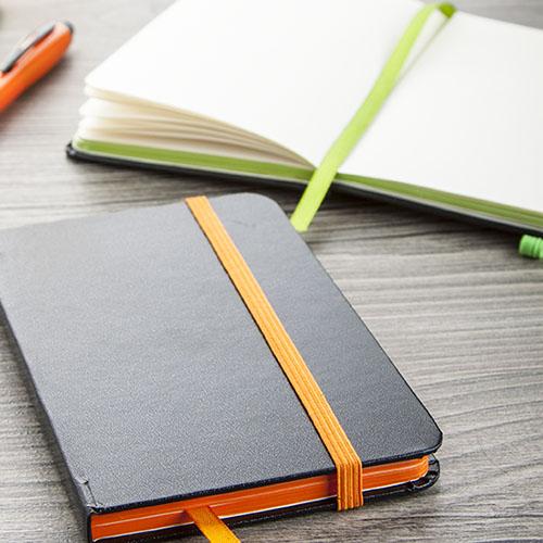 Notebooks og papir