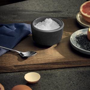 Rå saltkar med låg